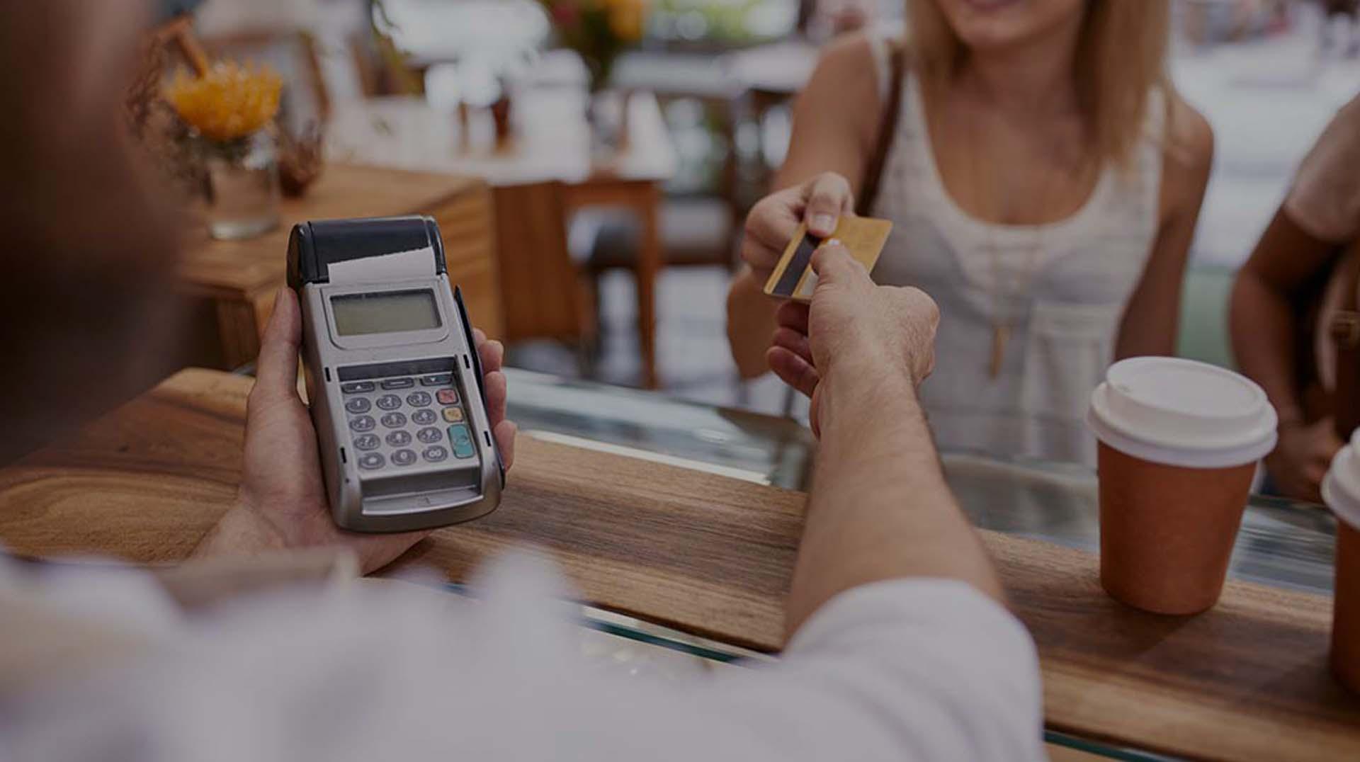 paiement interac, solution paiement, paiement débit, paiement crédit, machine transactionnel,